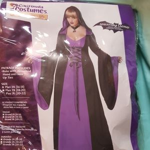 Halloween Costume - Plus Size Deluxe Hooded Robe